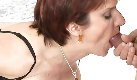 Puma pelirroja, Crystal White chupa ansiosamente una videos potno en español polla negra