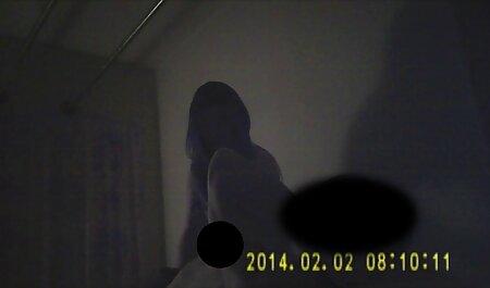 Nyloncouples - esposa en videos porno doblados en español pantimedias brillantes follada por un hombre leotardo