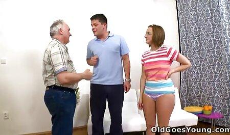 ¡HYE está lista y cachonda cuando entra cumlouder español papá!