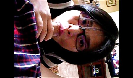 BACKTOSCHOOL2019 JOI - videos de sexo en español El profesor te sorprendió leyendo una revista pornográfica.