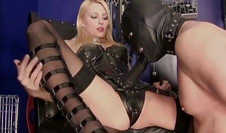 Chica probándose medias jovencitas españolas anal